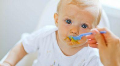 baby-eating-2.jpg