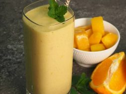 tropical-smoothie-2.jpg