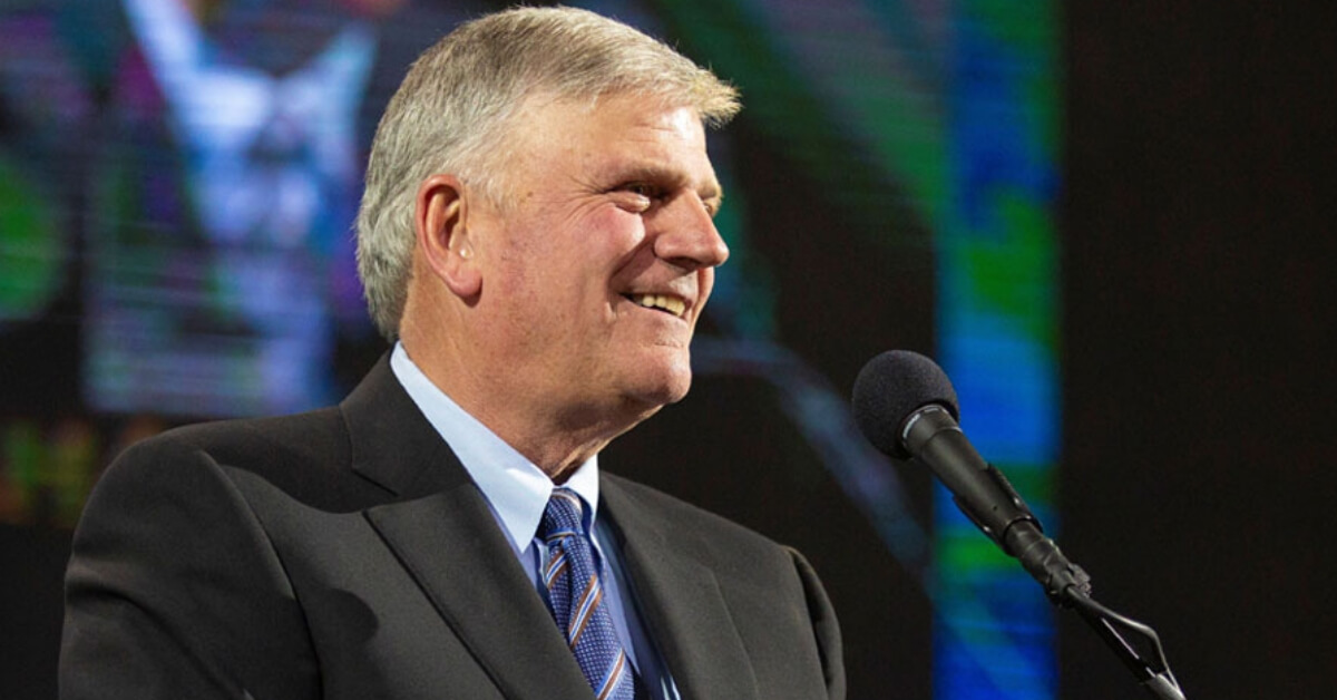 Son Honours Father for Australian Anniversary of Billy Graham Crusade