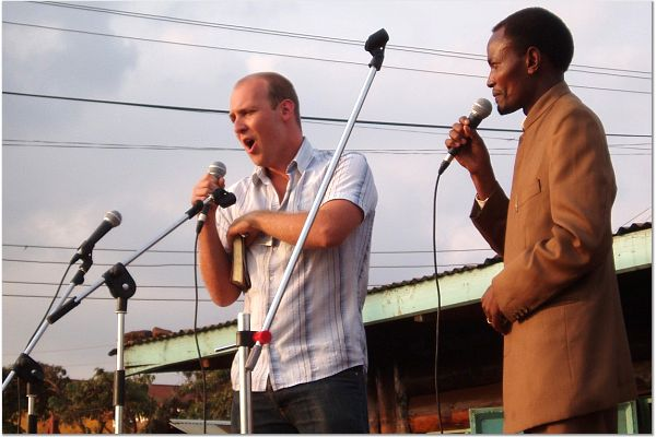 Tim Giovanelli preaching at a crusade