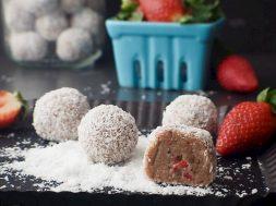 strawberry-cheesecake-bliss-balls-2.jpg