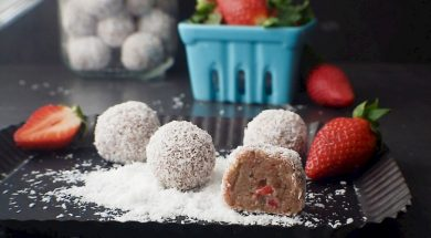 strawberry-cheesecake-bliss-balls-2.jpg