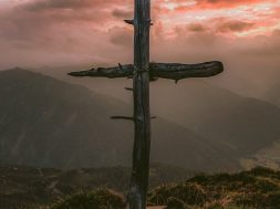 cross-on-a-mountain-2.jpg