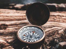 Unsplash-image-compass.jpg