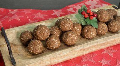Gingerbread-Bliss-Balls.jpg