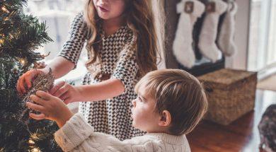 unsplash-image-kids-at-christmas.jpg