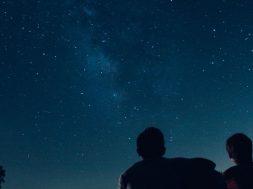 stargazing-ryan-jacobson-unsplash.jpg