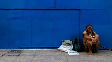 homeless-man-jonathon-kho-unsplash.jpg