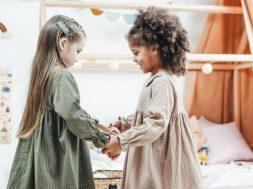 kids-holding-hands-cottonbro-pexels.jpg