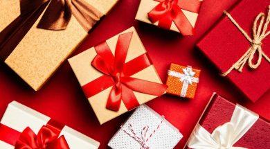 christmas-gifts-giftpundits-pexels.jpg