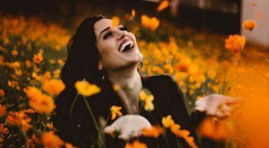 happy-girl-allef-vinicius-unsplash.jpg