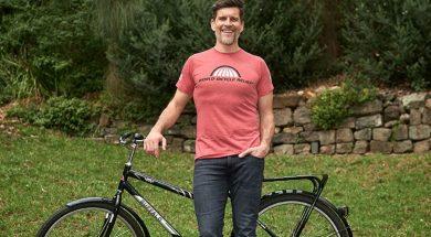 osher-gunsberg-posing-bike-hope-media.jpg
