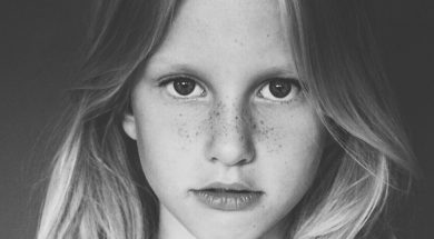 girl-close-up-lotte-meijer-unsplash.jpg