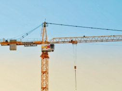 construction-crane-valik-chernetskyi-unsplash.jpg