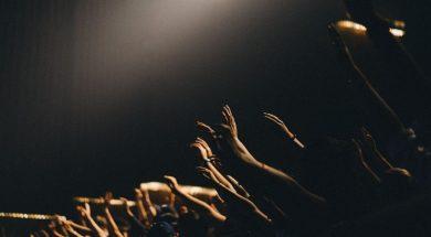 hands-raised-in-worship-edwin-andrade-unsplash.jpg