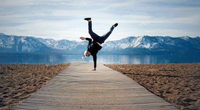 handstand-blake-weyland-unsplash.jpg