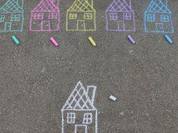 chalk-houses-miki-fath-unsplash.jpg